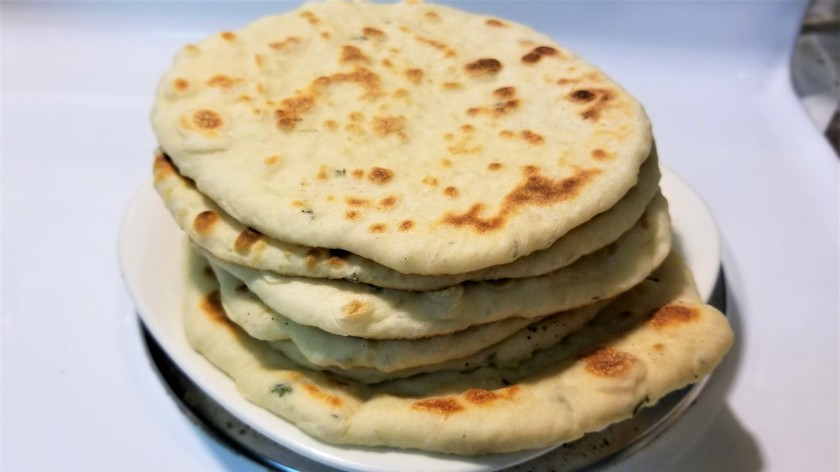 Quick and easy greek pita bread.